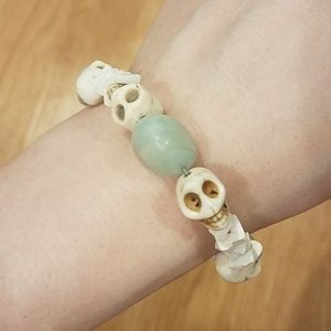 NWOT Handcrafted Amazonite Skull Bead Bracelet